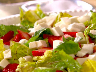 strawberry balsamic salad