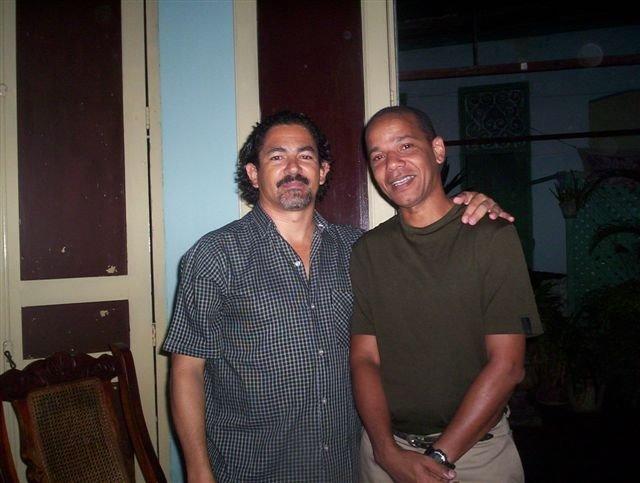 Giovanni y Fidel Vera