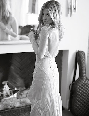Jennifer Aniston in Elle Magazine Cover - April 2009