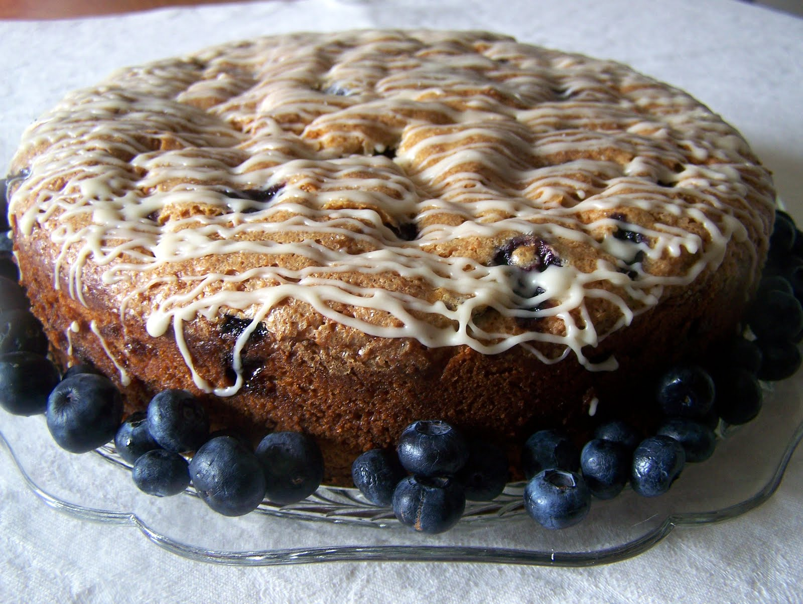 TheKitchenCookie: Blueberry Cinnamon Coffeecake