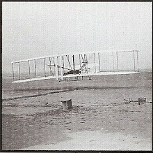 1903, the Wright brothers successfully airlifted their first plane.