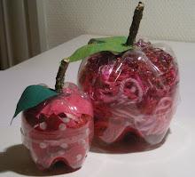 Æbler af sodavands/vandflasker...