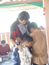 Penyanyi terkenal, Aris Ariwatan bersama 2 anaknya di Program Anak Soleh Pintar, Kem Sri Raudhah