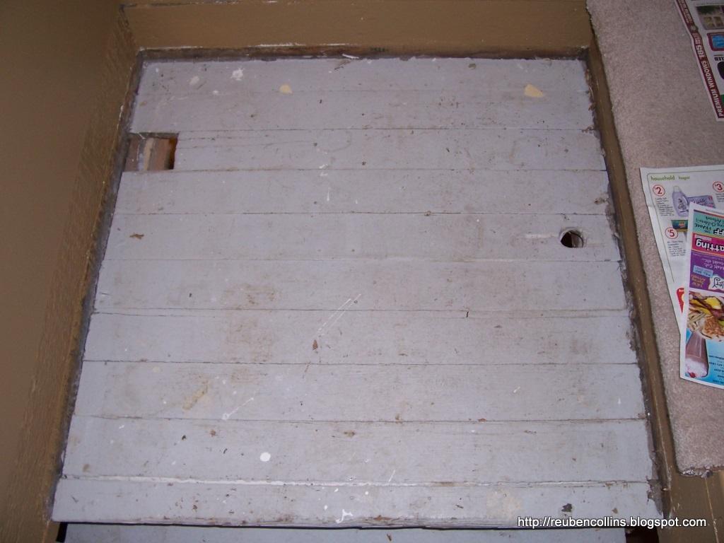 [holes+in+stair+landing.jpg]
