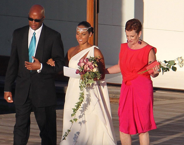 Alicia Keys wedding photos Yesterday Clinton Wedding Photos was on top 40