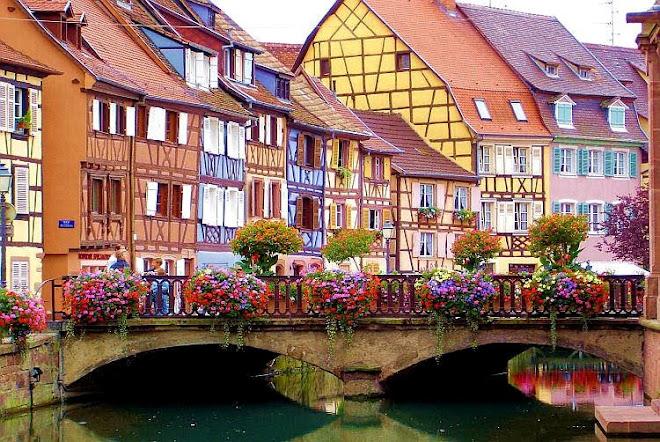 Bärbel zauberte Brücken aus Blumen