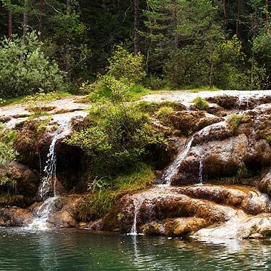 Il mitico Laghetto delle Tose a Calalzo di Cadore. Bello, vero? Foto di Andrea Mangoni.