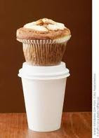 Muffin & Coffee to go.