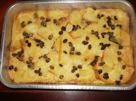 BAKED PUDDING WITH CUSTARD SAUCE N PINEAPPLE
