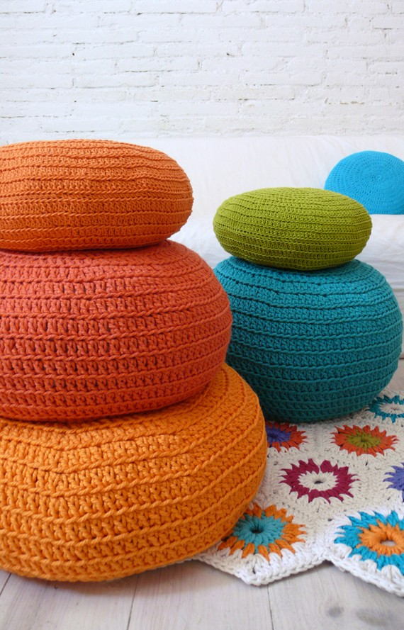 chroma lab pop a color pillow
