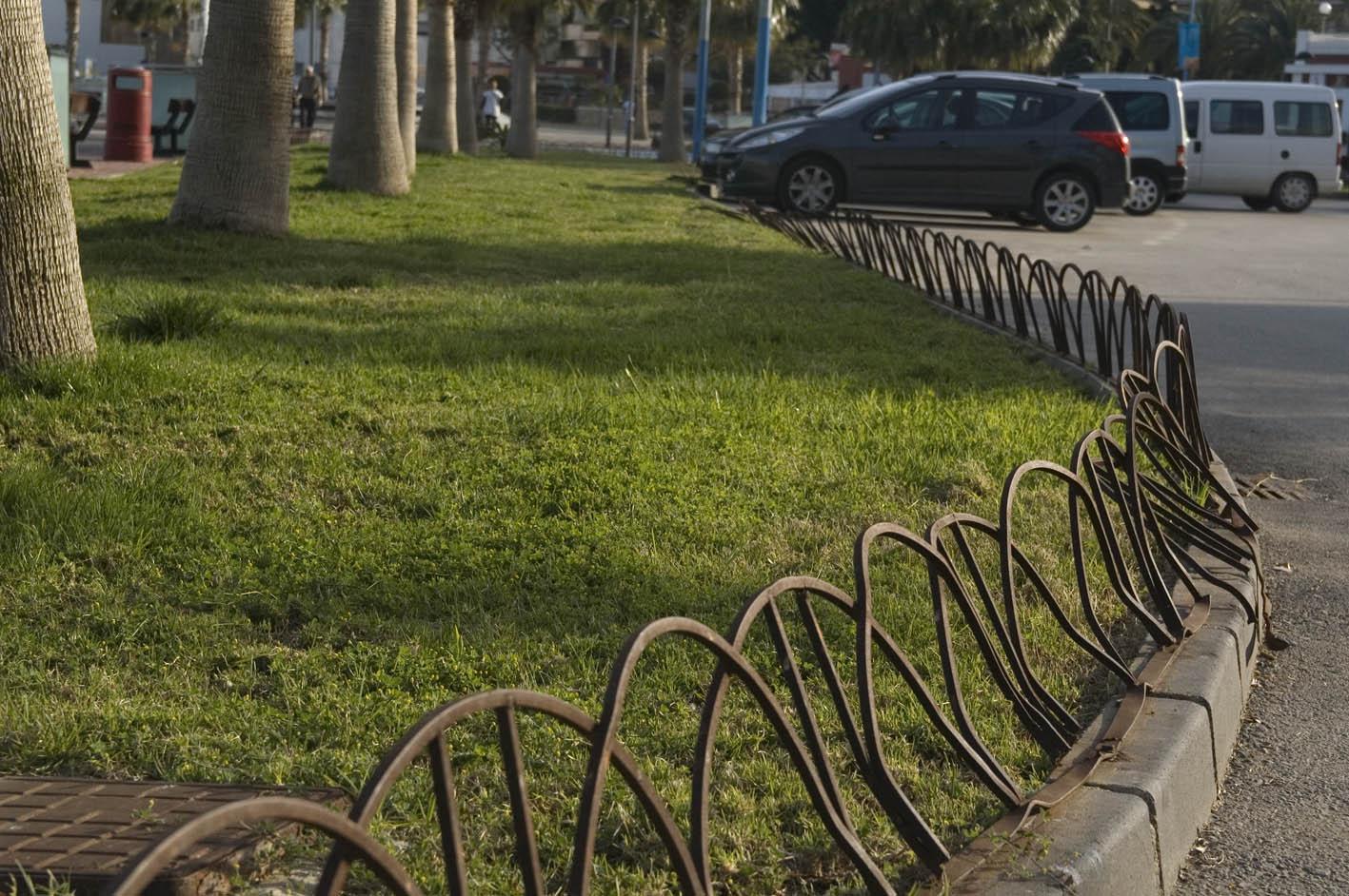 Rejas metalicas para jardin for Verjas para jardin