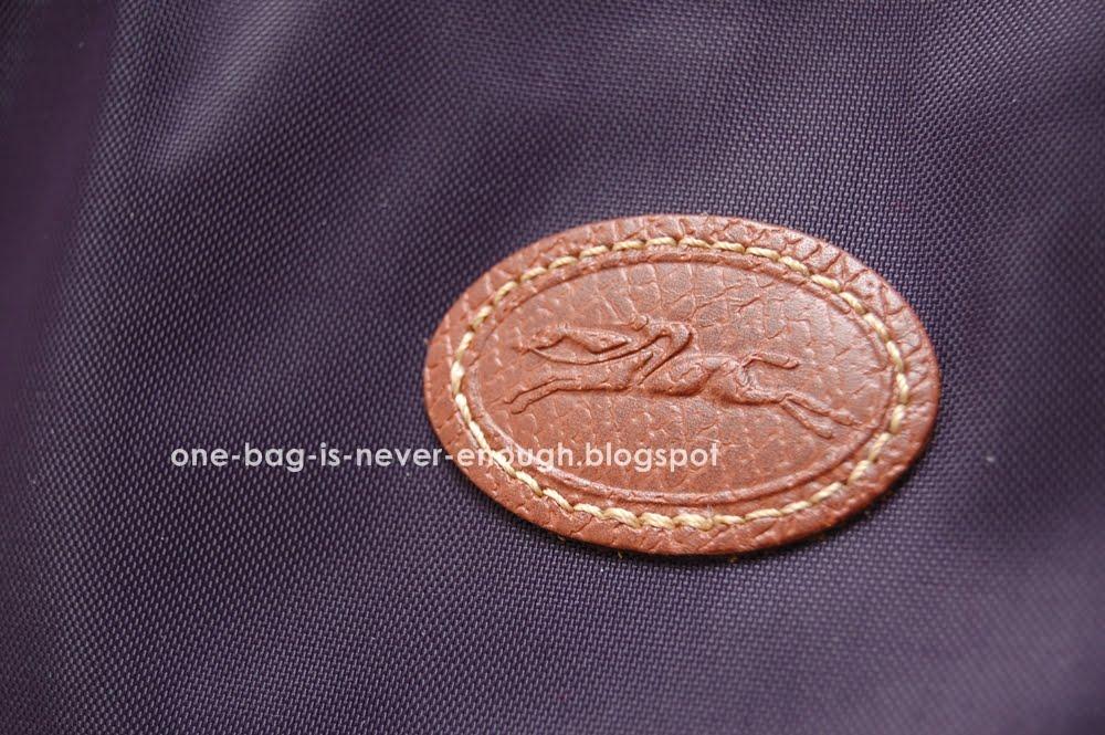 2cec03d8fb01 Satu beg tangan tak akan cukup  Longchamp Le Pliage Hobo