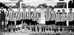 José Mari y Ramón Belauste, Eguía, Iceta, Solaun, Ibarreche, Hurtado, Pichichi, Apón, Zuazo y Germán