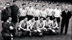 El Athletic campeón posa en el Santiago Bernabéu minutos antes de la gran final