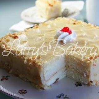 Larry S Bakery White Chantilly Cake