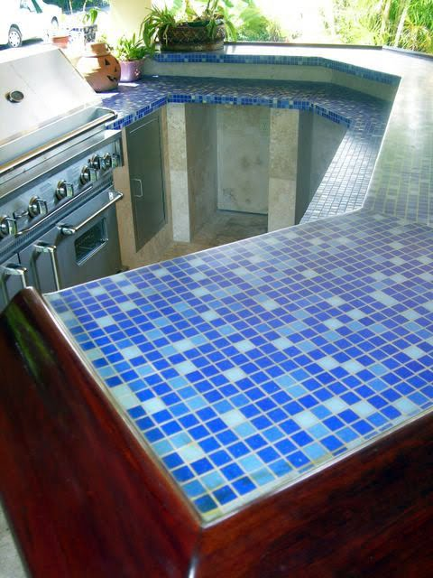 Glass Tile Counter Top : Outdoor kitchen construction some tile pictures