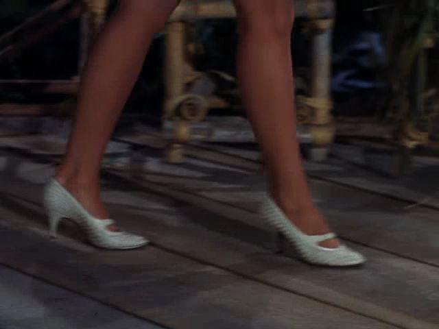 Stuck Damsel Fan: Gilligan's Island - Mary Ann Steps In ...
