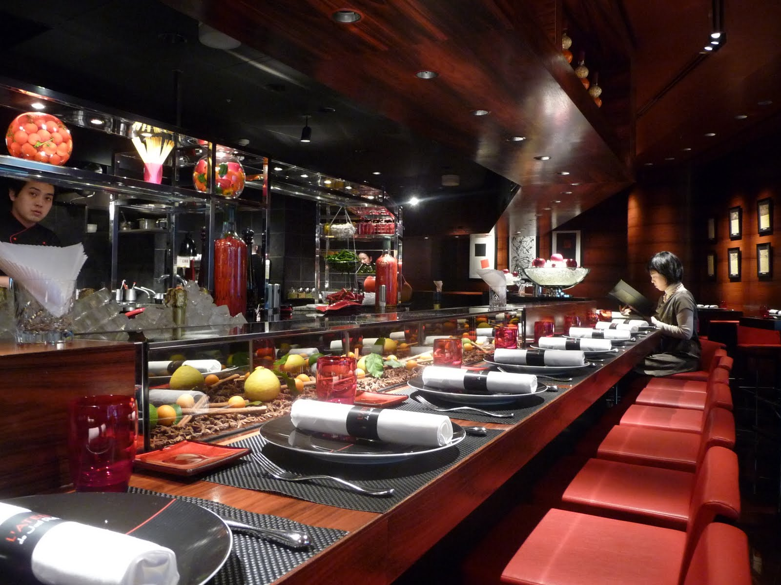 akala miam miam l 39 atelier de jo l robuchon a tokyo. Black Bedroom Furniture Sets. Home Design Ideas