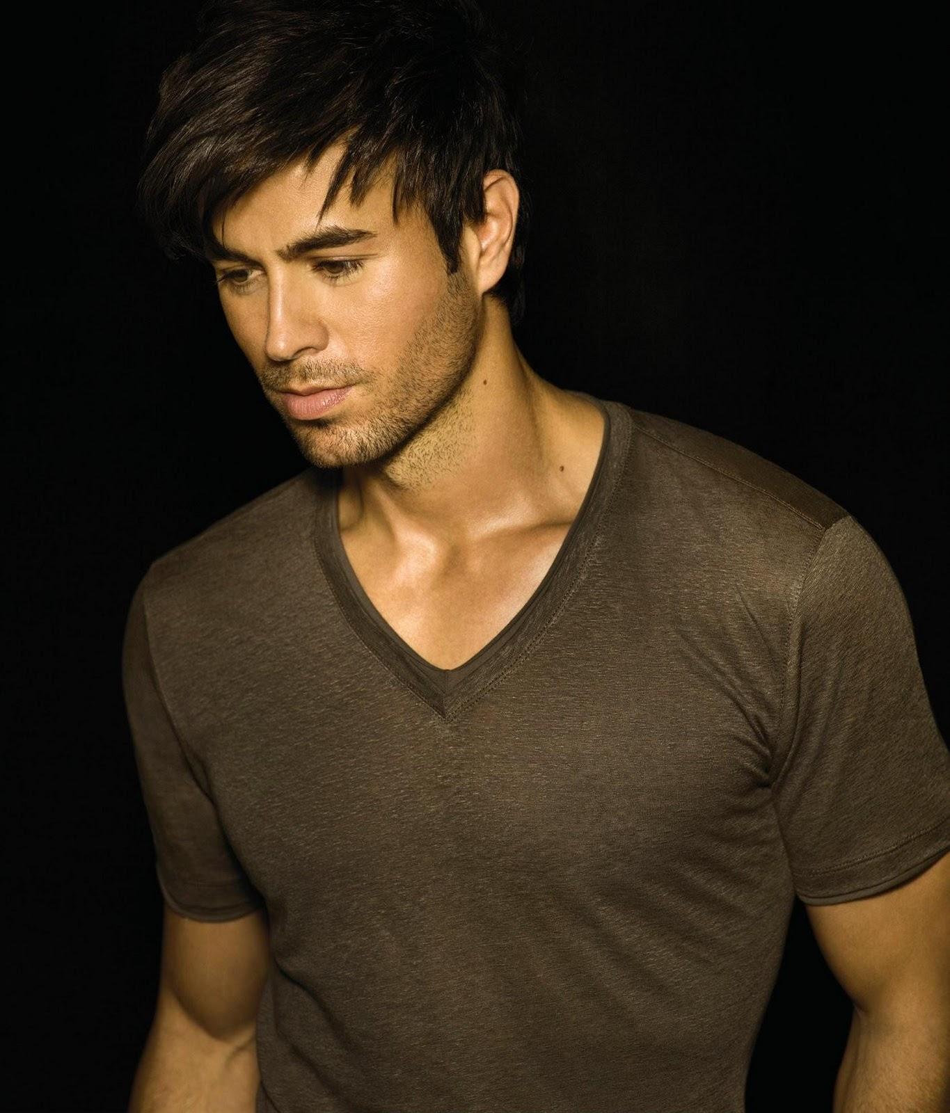 http://3.bp.blogspot.com/_lIyFl0bgYNU/TVLUwtcZMjI/AAAAAAAAAik/U1lhTNkCabQ/s1600/Enrique+40.jpg