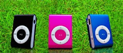 Mini Mp3 Player+ 2GB(memory bisa di upgrade)