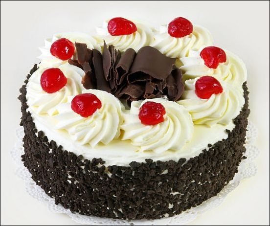 Black forest cake cooking images for Black forest torte recipe
