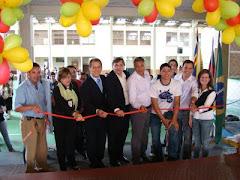 Inauguração de obras na escola M.C. participando aii o presidente do G.E. Dorneles Pilati