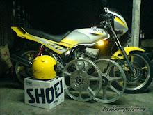 kuning warna diraja