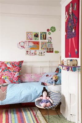 Small and heartfelt cute kids rooms and musings on my for Kids room doorbell