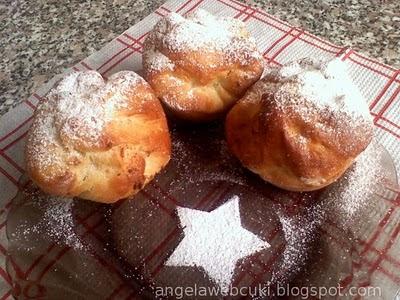 Rikottás barackos muffinok