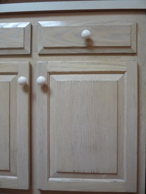Refinishing Pickled Oak Cabinets Roselawnlutheran