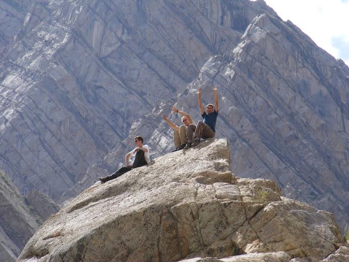 Unsere Jungs beim klettern