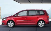 2011 Volkswagen Touran MPV 3