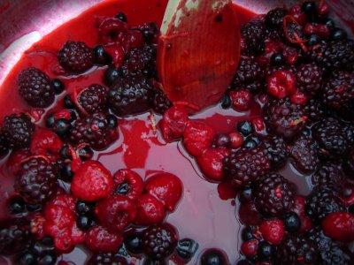 [summer+fruit+jam]