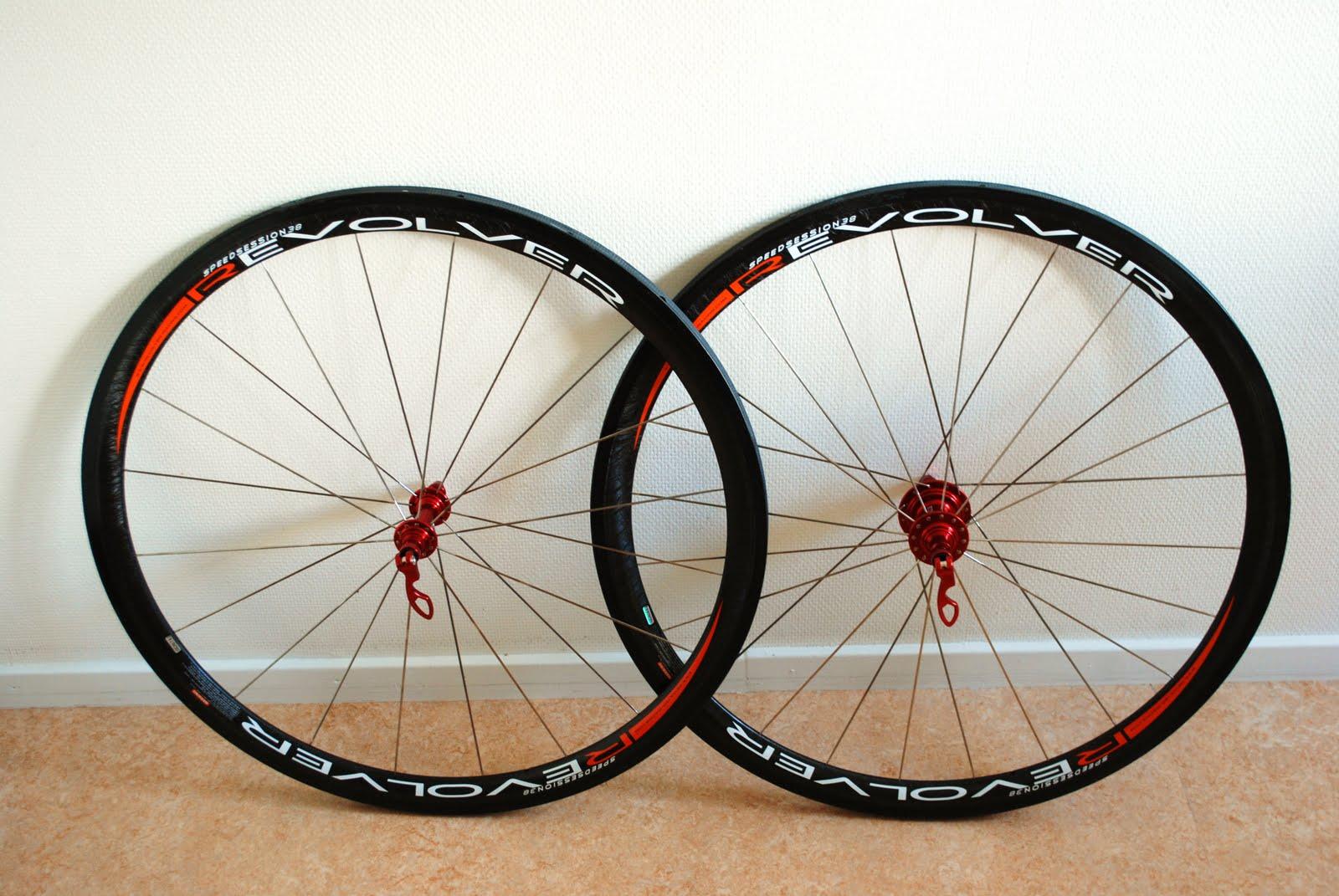 kolfiberhjul till cykel