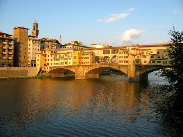 Ponte-Vecchio-Florence-Italy