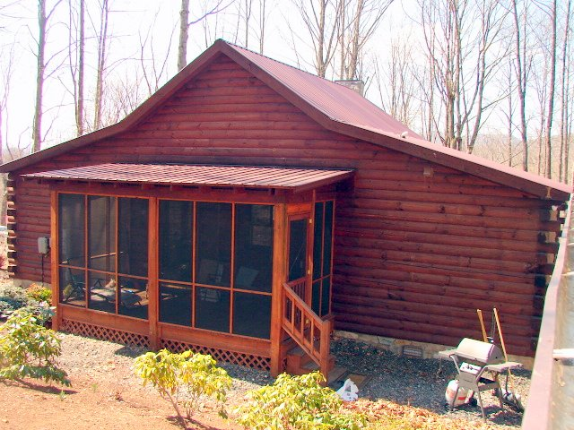 North Carolina Mountains Log Cabin For Sale