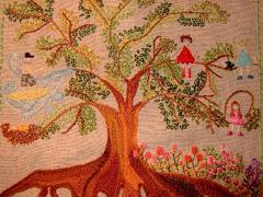 """""""Eis que os filhos são herança do Senhor, e o fruto do ventre o seu galardão."""" Salmos, 127:3"""