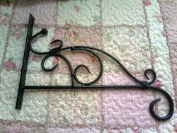 Iron Hanger