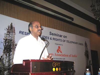 K. Srinivasan, presenting the snap survey report