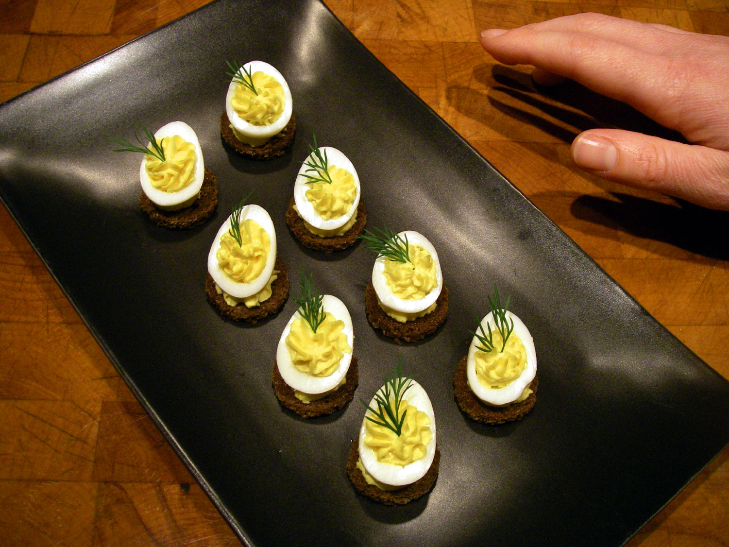 eating well in gig harbor quail egg canapes