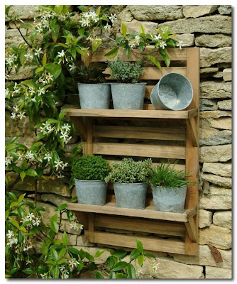 garden trading Wall Mounted Herb Rack