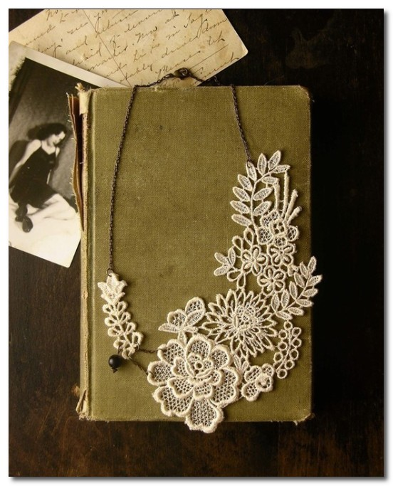 lucia lace garden necklace