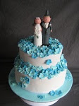 blue blossoms  wedding cake