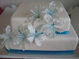 chris and luke's wedding cake