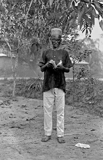 medicine man (merri-man) at Gbenderoo (Nongowa)