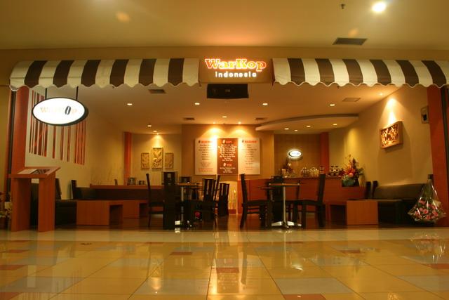 Suasana Lounge Warkop Indonesia