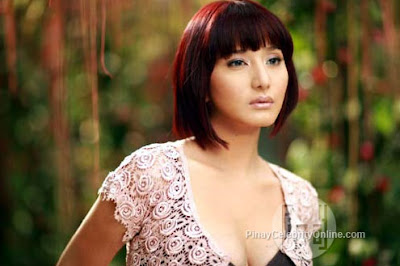 Katrina Halili as Fedra in Rosalinda