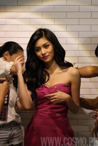 Kim Chiu on Cosmo November 2010
