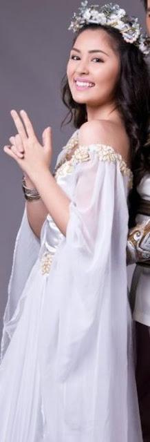 Gwen Zamora sexy