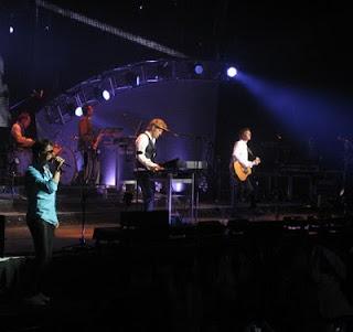 ------------------------ÚLTIMOS SHOWS DA SEMANA------------ A-ha-concert-pictures-078-web